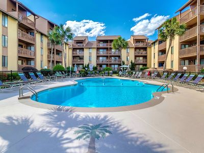 Photo for Anchorage II - Large 3 Bedroom 2 Bath Pool / Courtyard View Condo