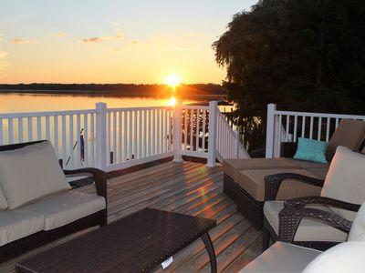 Photo for Renovated Lake Cottage: Wineries, Wildlife and Relaxation