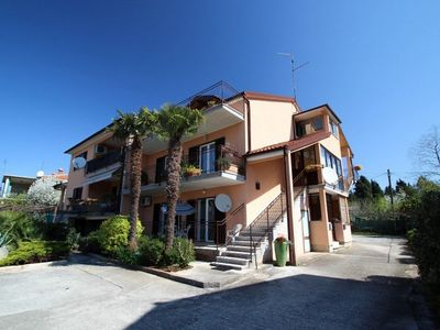Photo for Holiday apartment with air conditioning, washing machine and terrace