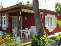 Very nice bungalow in a quiet place. Los Tunos is like paradise !