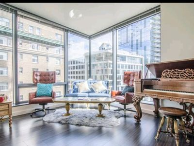 Photo for * LUXURY ESCAPES *  Seattle Golden VIP Suite   2 BEDROOMS  FREE PARKING