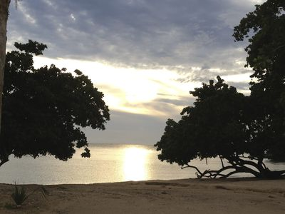 Photo for Relaxing fun in the sun. Enjoy a little piece of the jamaican jewel in security