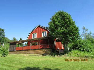 Photo for Luxury Home Near Lake, Forest, Golf, Ski. Husky, Sauna, Whirlpool tubs. TV, Wifi.