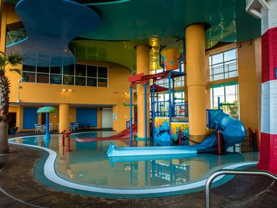 Photo for Kids-friendly Water Play Area, Pools, & Lazy River. Beach Service Included**