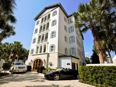 Photo for Gorgeous Penthouse Condo on the Destin Harbor w/ Stunning On-Site Amenities!