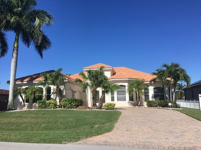 Photo for Modern villa in top location at the canal in Cape Coral Yacht Club Area