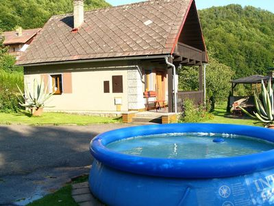 Photo for Detached house with pool in the garden, on the bank of the river