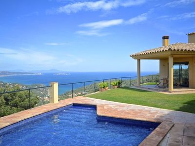 Photo for Villa for sale with swimming pool in Begur, Centre