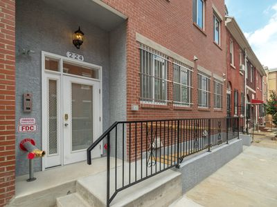 Photo for Center City 2 Bedroom/2 Bath by Convention Center - New, Modern & Spacious (4A)