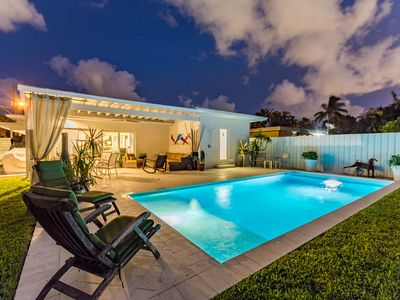 Photo for Stunning Modern Luxury Rental, Salt Water Heated Pool, Close to Beach, WIFI