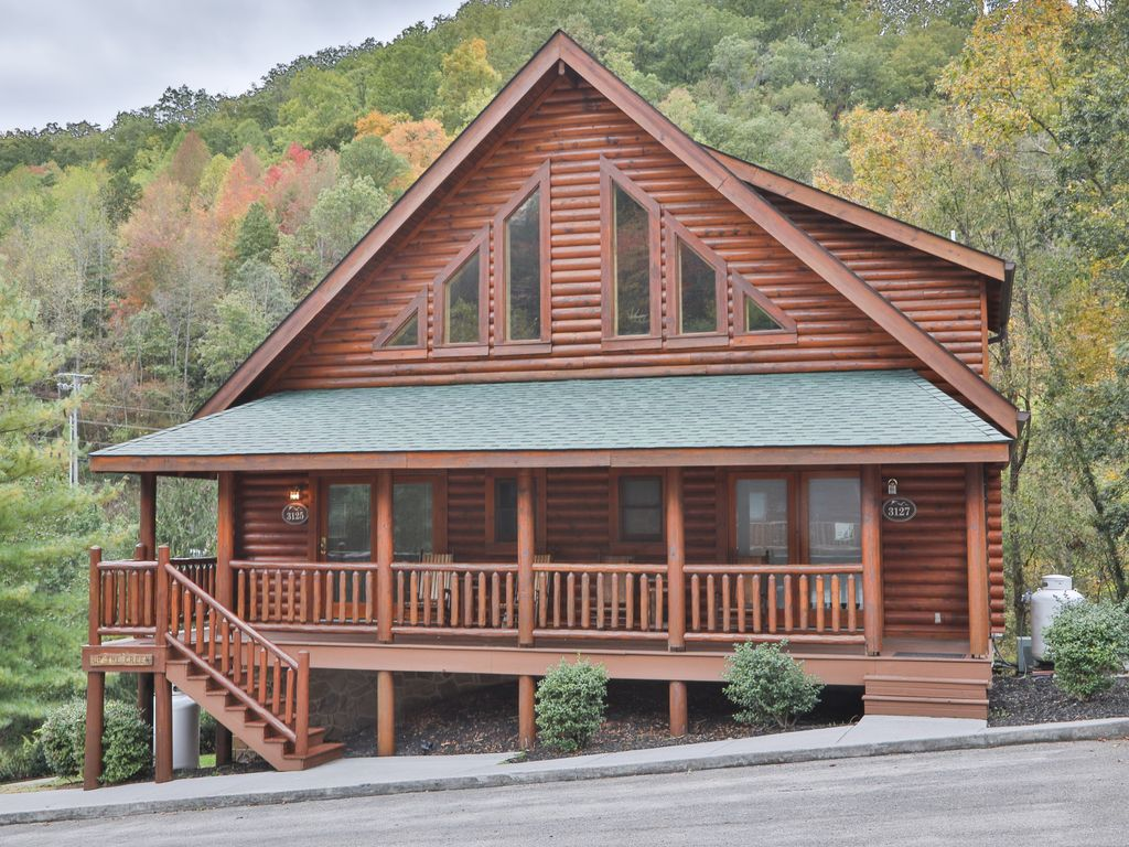 2br cabin at smoky ridge resort w private vrbo for Smoky mountain ridge cabins