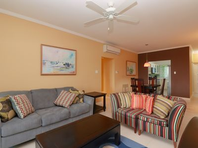 Photo for Luxurious Ocean View 2 Bedroom Apartment