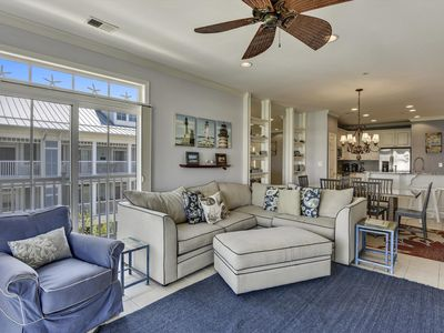 Photo for Exquisite Bay Resort Condo - Wi-Fi, Private Beach, Fishing Pier & Ind/Outdoor Pools!