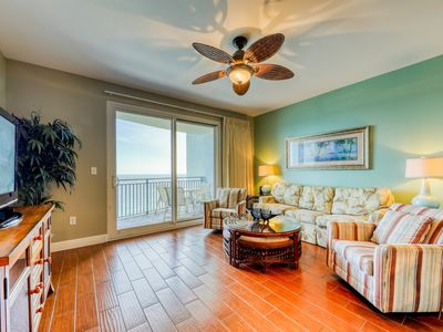 Photo for Gulf-front condo w/ direct beach access, pool, hot tub & fitness center!