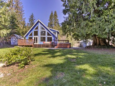 Photo for NEW! House on Alder Lake w/Hot Tub, By Mt. Rainier