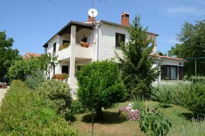 Photo for Holiday apartment Funtana for 2 persons with 1 bedroom - Holiday apartment
