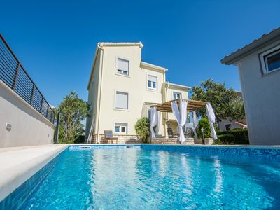 Photo for Holiday house Ana with pool, Zadar