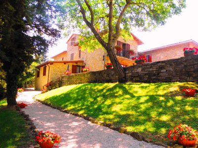 Photo for Apartments and rooms with pool in the medieval village in Umbria near Tuscany