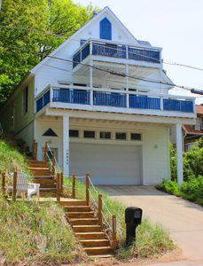 Contemporary 3+bedroom 2-bath casual style home & Lake Michigan just steps away.