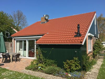 Photo for Detached 6 persons holiday home, completely fenced garden in holidaypark Zomerdorp