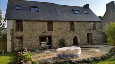 Photo for Large 17th Cent Family Friendly Home with spacious Garden, WiFi and Country View