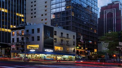 Photo for Wyndham 45 at New York City 1 BR Luxury Unit