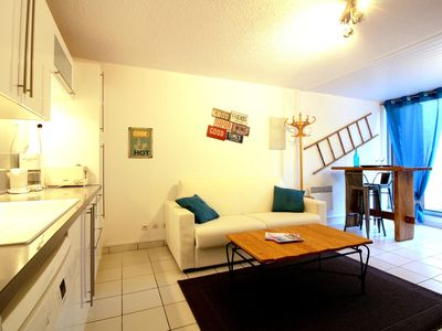 Photo for COTTAGE 2 PEOPLE IN PEACE IN THE PINÈDE WITH TERRACE AND PARKING