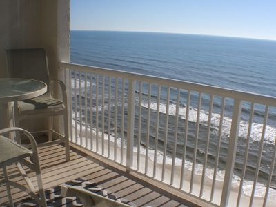 Photo for Beachfront studio, great views, Beach Services lounger Mar 1 - Oct 31