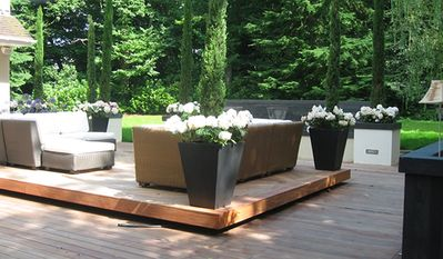 Outdoor lounging area with wonderful waterfall and outside sonos sound system