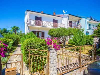 Photo for Holiday apartment Poreč for 2 - 4 persons with 1 bedroom - Holiday apartment in one or multi-family
