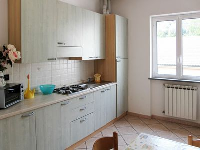Photo for Lovely apartment for 4 guests with WIFI, TV and pets allowed