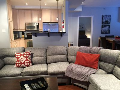Downtown Gem - 3br luxury condo with private furnished terrace