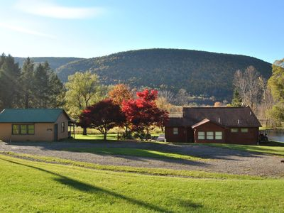 Photo for Scenic Fingerlakes Hideaway