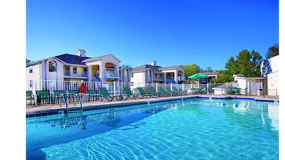 Photo for Why Worry? Book Wyndham BransonFalls-2brLockoff-5 to 7nts arrive June 14-July 23