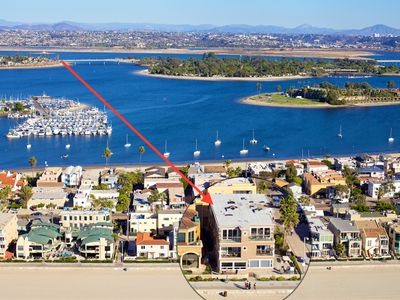 Fabulous Mission Beach Oceanfront 3BR Condo!  Family Friendly!