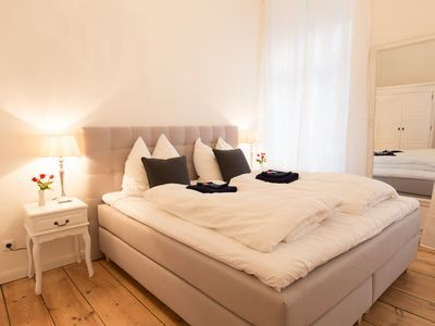 Photo for Castle Charlottenburg central quiet freeWifi 60 m² 2 Bedrooms Boxspringbeds