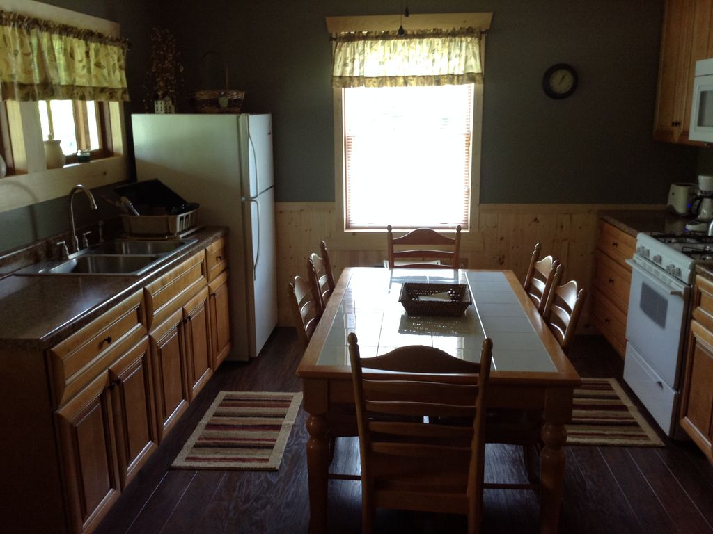 new beach gorge cabins property tub home water s hiking in fern hot luxury deal secluded the with conservation bed creek from image white ha wv yards area river