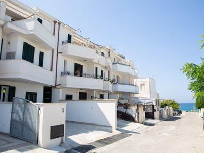 Photo for 3 APARTMENTS 30 METERS REAL FROM THE SEA