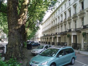 Zone1 Bayswater Spacious garden flat- walking distance to major attractions