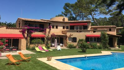 Photo for Pleasant villa, quiet, 10 minutes walk to the centre of Valbonne village