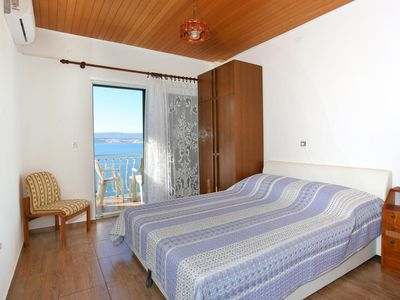Photo for Studio flat with balcony and sea view Lokva Rogoznica, Omiš (AS-18211-f)