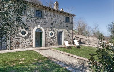 Photo for 3 bedroom accommodation in Castiglione in T. VT