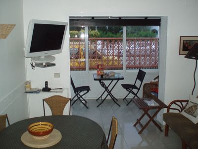 Photo for Small detached house quiet 300 m from the beach in Rosas and shops