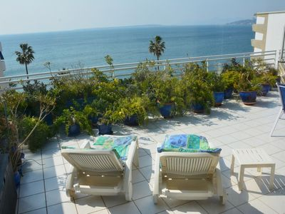 Photo for 2 rooms.  UNFORGETTABLE ! SEA FRONT, TERRACE 50m2. Parking .PROMO end of August
