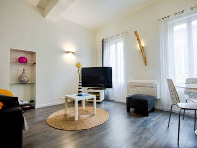 Photo for Beautiful apartment in the historical centre in la Ciotat. Air conditioning. Up to 4 people