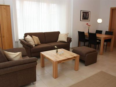 Photo for Terraced house island roses - cottage, shower / WC, guest toilet, 2 bedrooms