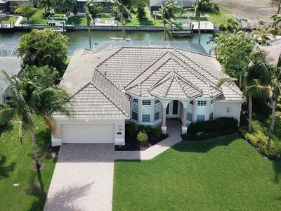 Photo for Stunning 3 bed pool home, waterfront villa in Cape Coral