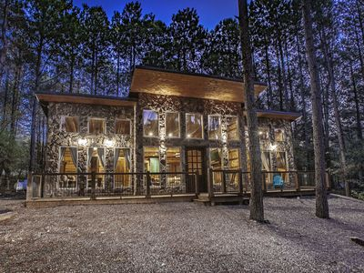 Photo for Luxury Cabin Rental - Scarlett Ridge