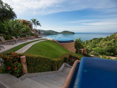 Photo for 1BR Condo Vacation Rental in Zihuatanejo, GRO
