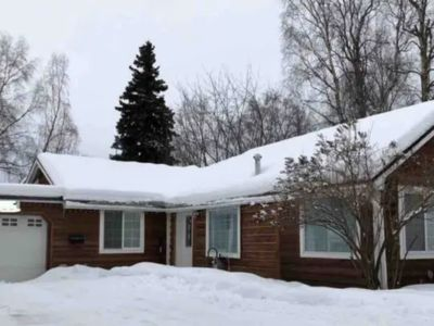 Photo for Many guests have stayed in this house when relocating to Anchorage.